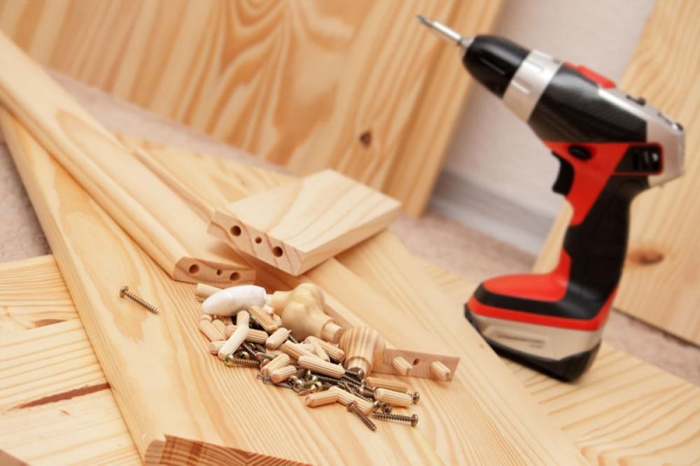 Montaggio e smontaggio mobili arredamenti falegnameria for Arredamenti trieste